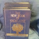 1982 (3 Vols, 19, 20, Dictionary) The New Book of Knowledge. sku07071691525