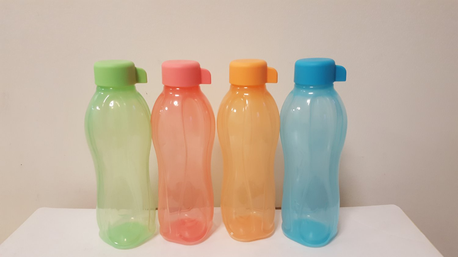 Tupperware Eco Bottle Drinking Bottle 500ML (set of 4)