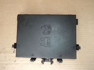 RANGE ROVER P38 ENGINE COMPARTMENT FUSE BOX P/N AMR 6476 PETROL