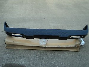 LAND ROVER DISCOVERY SERIES 2 COMPLETE REAR BUMPER WITH PARKTRONIC SENSORS