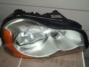 03 Volvo XC90 Xenon HID Headlight With  Ballast OEM Right Passenger Side
