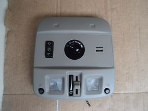 2007 Cadillac SRX Overhead Map Dome Light Wiper And Aux A/C Switches OEM Grey