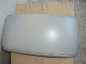 LEXUS ES300 ES330 CENTER CONSOLE ARMREST ARM REST LID GREY 02-06