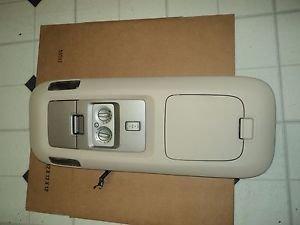 03-06 Lincoln Navigator Overhead Console Dome Light Rear A/C  Control LIGHT TAN
