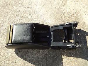 95-02 RANGE ROVER CENTER CONSOLE CUP STORAGE BOX AND LID HOLDER  ASHTRAY