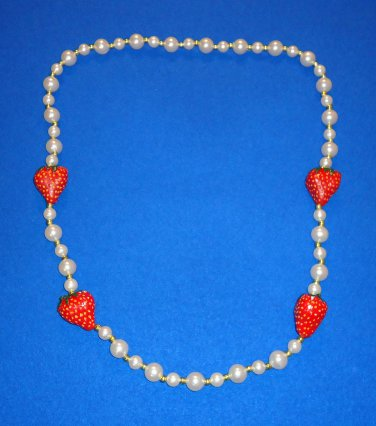 UNIQUE ELEGANT AND STUNNING AUTHENTIC NEW ORLEANS MARDI GRAS STRAWBERRY BEAD