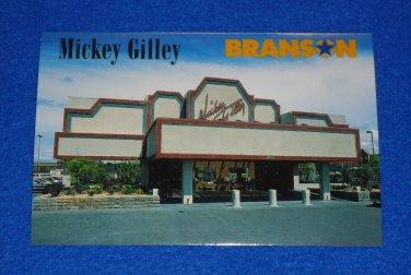 *BRAND NEW* UNUSED MICKEY GILLEY THEATRE POSTCARD BRANSON MISSOURI COUNTRY MUSIC