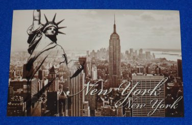 BRAND NEW RADIANT NEW YORK CITY STATUE OF LIBERTY EMPIRE STATE BUILDING POSTCARD
