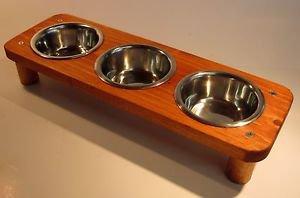 3 bowl pet feeding station