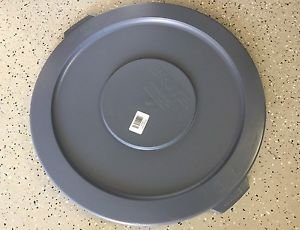 6 NEW RUBBERMAID BRUTE LIDS 2631 GRAY 22 INCH ROUND FITS 32 GAL. CONTAINER