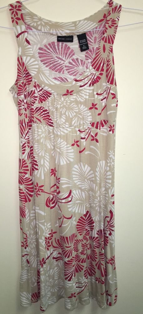 Women's Small New York And Company Dress Tan Red White Floral