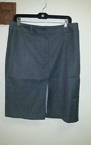 NWT Women's express stretch gray dress skirt size 11/12