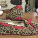 UGG Australia Womens I Heart Belle Chestnut Leopard Red Slippers US 8