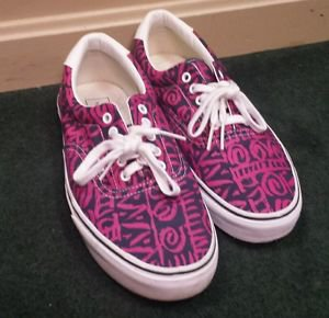 Men Vans shoes pink blue and white canvas boat shoes size 11