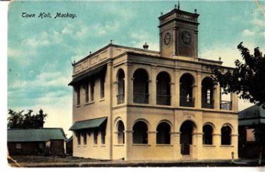 CJ05. Vintage Tucks Postcard. Town Hall, Mackay.Queensland, Australia