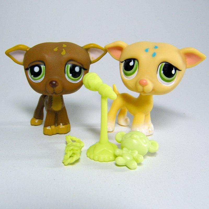 Littlest Pet Shop # 875 & 1216 GREYHOUND WHIPPET Brown Blonde Tan