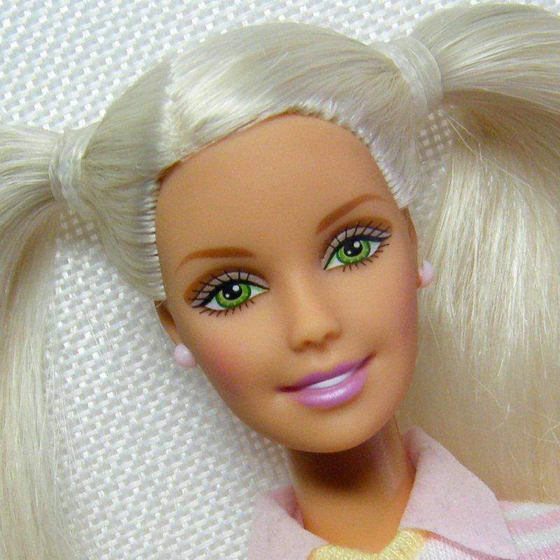 Barbie BEDTIME BABY Platinum Blonde in Original Outfit
