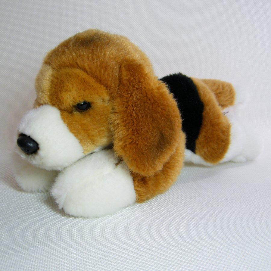 Webkinz Signature Lying BEAGLE Puppy Dog WKSS2001 No Code Plush Only Ganz