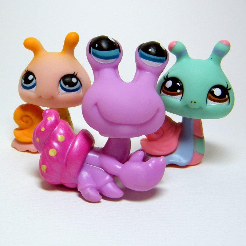 Littlest Pet Shop # 257 HERMIT CRAB & Snail Friends # 262 and 1750