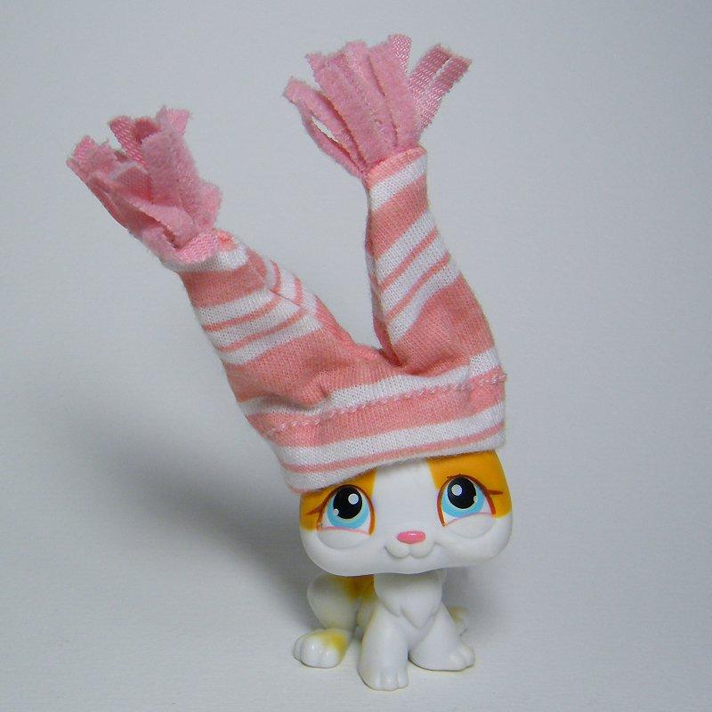 Littlest Pet Shop # 75 RABBIT Orange White Bunny Blue Eyes Pink Hat LPS