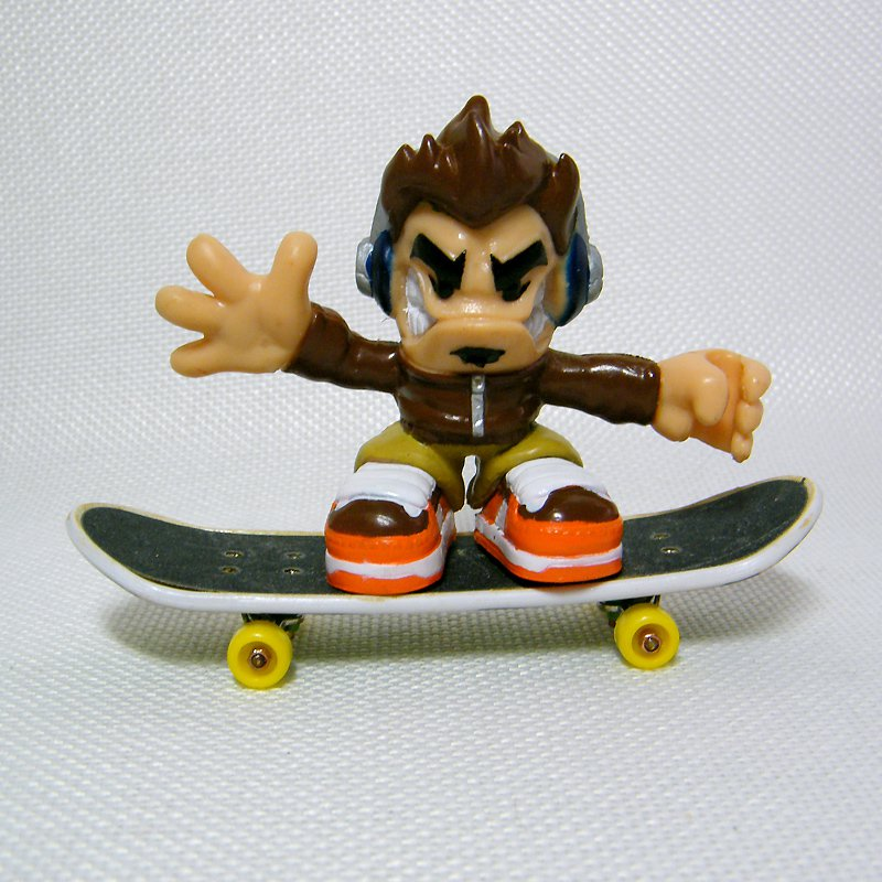 Tech Deck Dudes # 075 FUSE, Bendy Arms from Ridiculously Awesome 6 pack