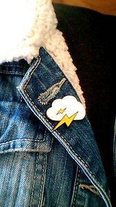 Cloud and lightning enamel pin - kawaii trendy thunder enamel pin badge brooch
