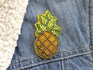 Pineapple brooch - handmade beaded pineapple tropical fruit kawaii trendy brooch