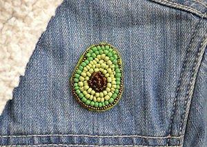 Avocado brooch - handmade beaded avocado fruit kawaii trendy brooch pin
