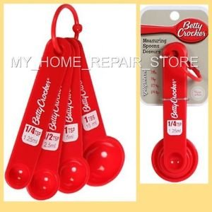 US SELLER! FAST FREE S&H! RED BETTY CROCKER 4 PIECE PLASTIC MEASURING SPOON SET
