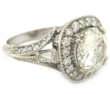 ROUNDS CUT DIAMOND ENGAGEMENT RING 18K 2.30CTW