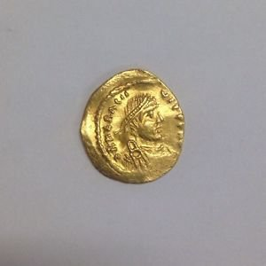 Ancient Byzantine Heraclius VICTORIA AVGYS Solid GOLD Coin Very Well Preserved