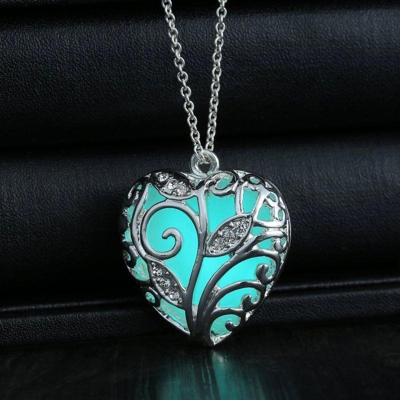 USA Unique Magical Fairy Glow in the Dark Pendant Locket Heart Luminous Necklace