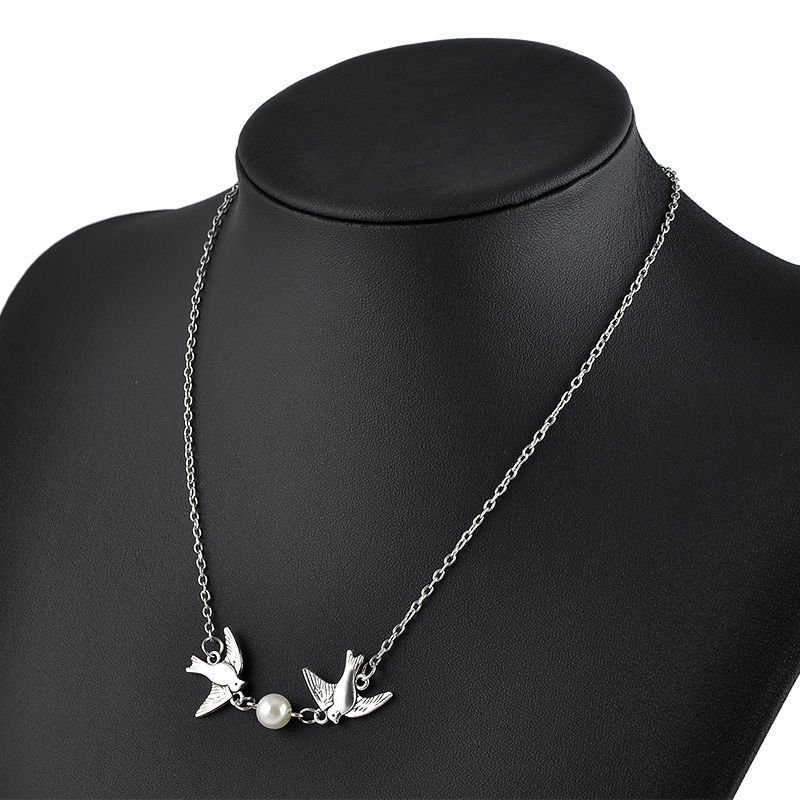 USA Two Love Birds With Fresh Water Pearl Pendant Silver Chain Necklace