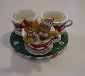 Yankee Candle 2012 Gingerbread couple sitting in teacup w/ 2 other teacups NWOB