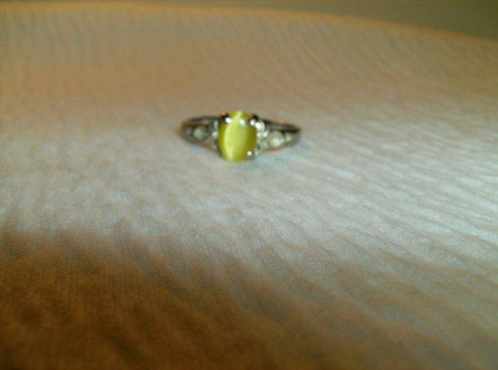Yellow Catseye Silver Ring - Size 9
