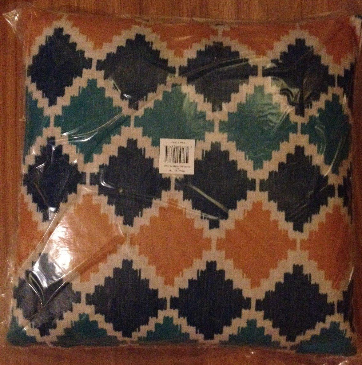 Home - Contemporary Diamond Decorative Pillow - NEW