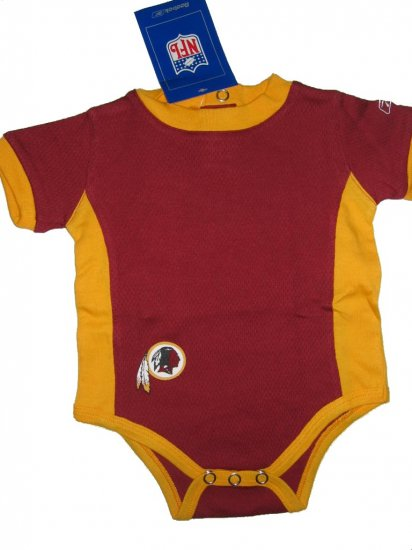NFL Washington Redskins infant Reebok onesie 6/9 Months FREE SHIPPING!