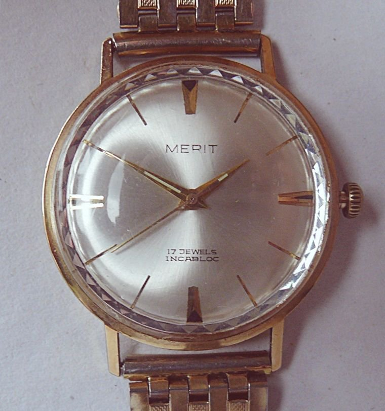 "VINTAGE ""MERIT "" Wristwatch Rare  - Mens  Watch  WORKS"