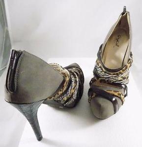 Women Qupid 6.5 Inch with Zipper Heels