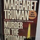 Murder on the Potomac by Margaret Truman (1995) Paperback