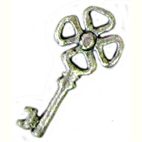 6 Antique Silver Key Charms - Keys