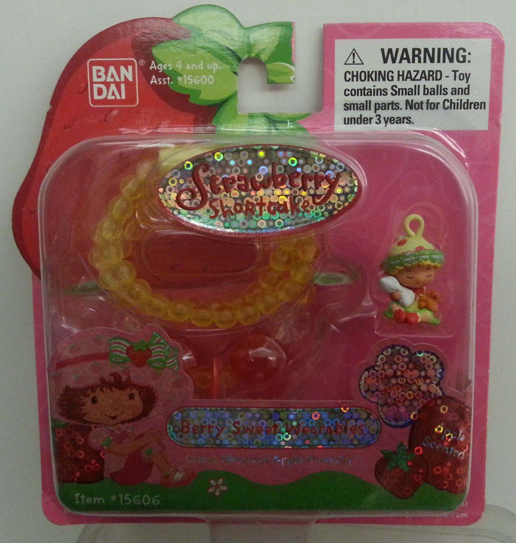 Strawberry Shortcake Berry Sweet Wearables Dreamin' Apple Dumplin Necklace Apple Scented #15606