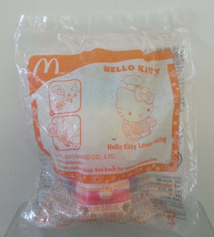 McDonald's Sanrio Hello Kitty Loves Baking