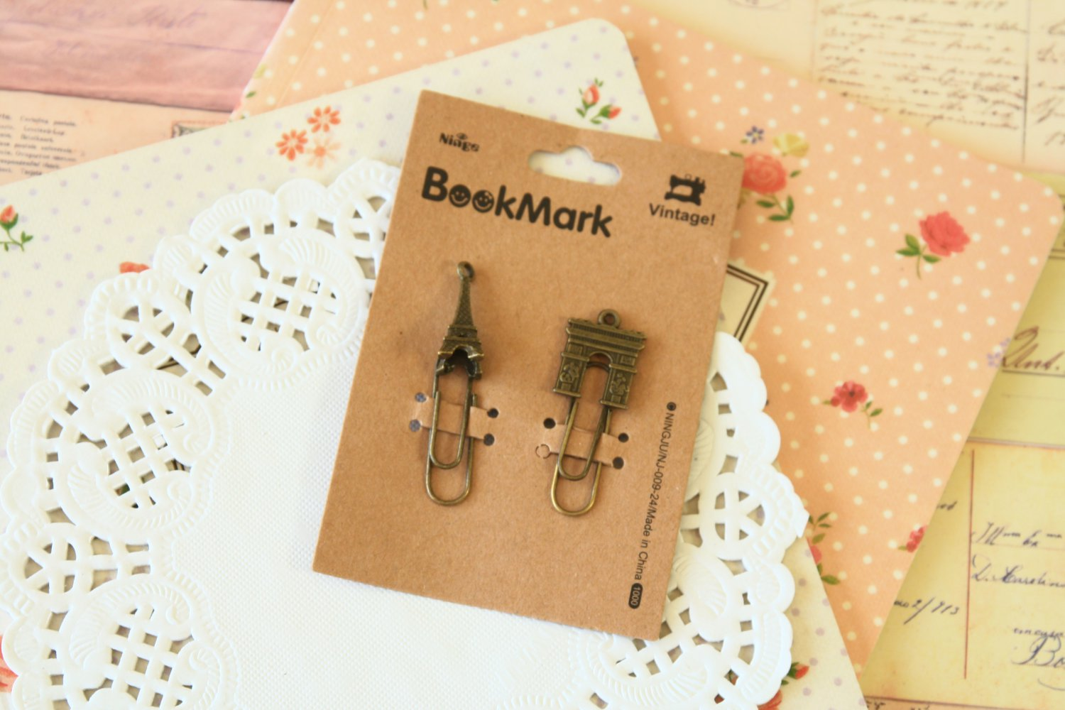 05 Eiffel and Arc de Triomphe Bookmark Vintage Style paper clips