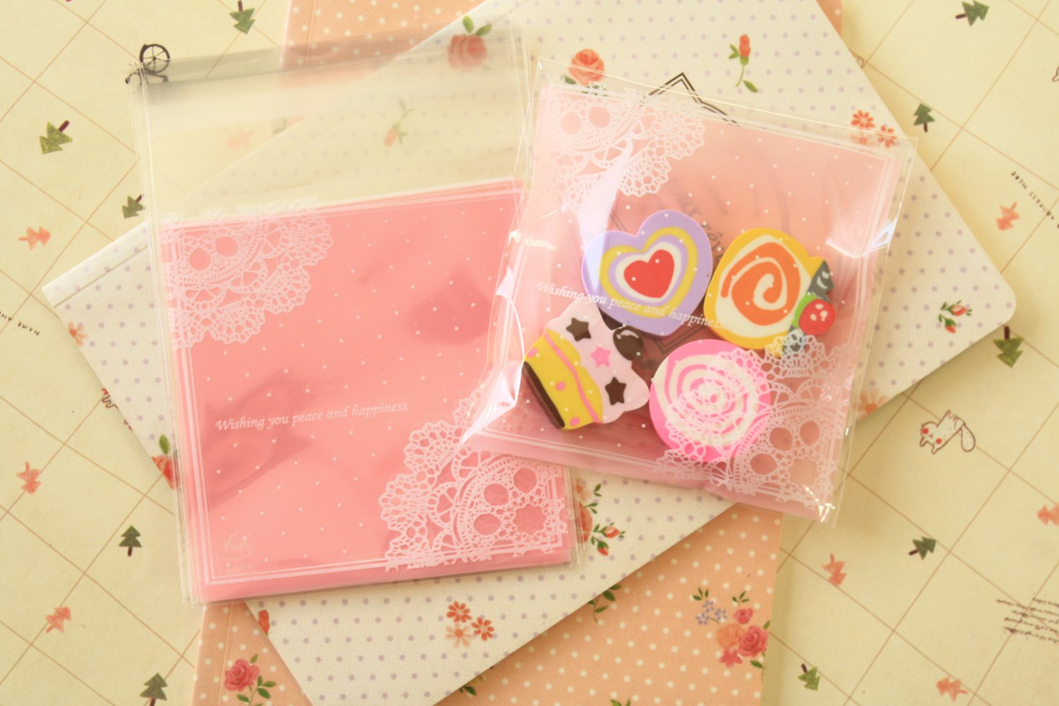 Lace Doily Dots Pink cellophane cookie bags sweets bags