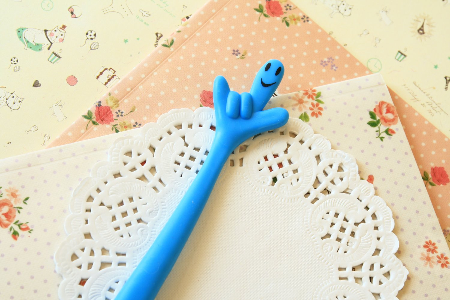 Blue Fingers cute cartoon ballpen
