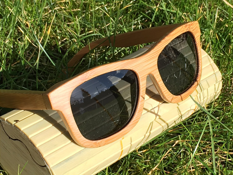 Handmade Wooden Sunglasses. Men's/Women's Bamboo Sunglasses with Polarised Lenses.