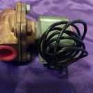 New ASCO Red Hat Solenoid Valve for Air Inert Gas Water, 100 PSI, J8210C94V