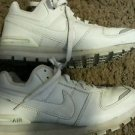 Women's white leather NIKE AIR size 8.5 pre-owned, good condition