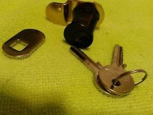 Cylinder lock assemblies 21 mm shaft reversible bent offset 2 keys plus extra
